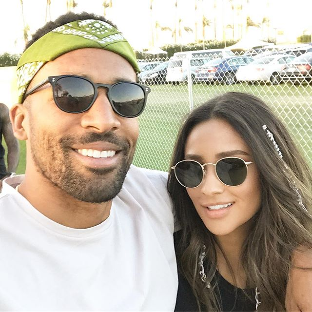 Matte Babel Takes Selfie with Girlfriend Shay Mitchell