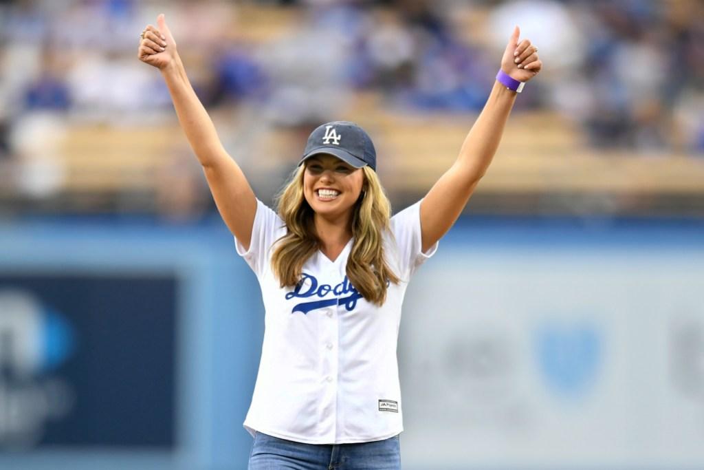 Bachelorette Hannah Brown Dodgers Game