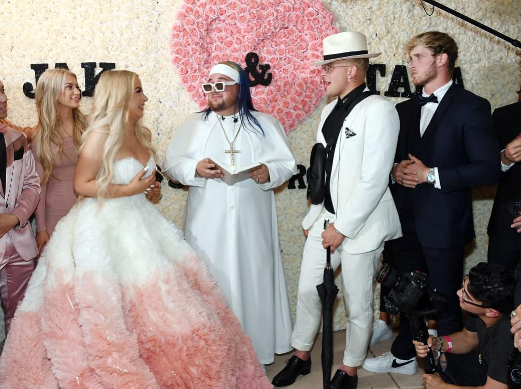Tana Mongeau S Wedding Dress Youtuber Wore 2 Gowns