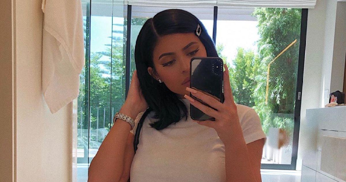 Kylie Jenner Debuts Short Hair On Instagram In Two New Selfies
