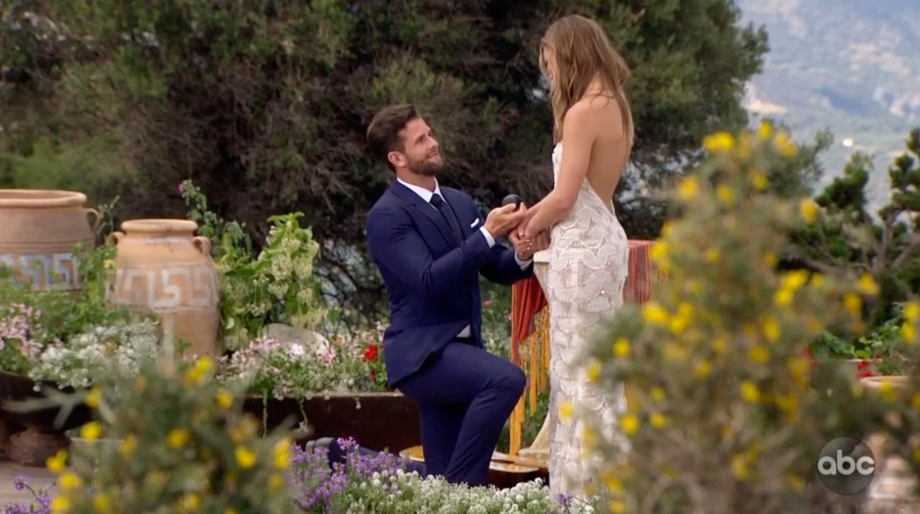 Bachelorette Jed Wyatt and Hannah Brown Finale