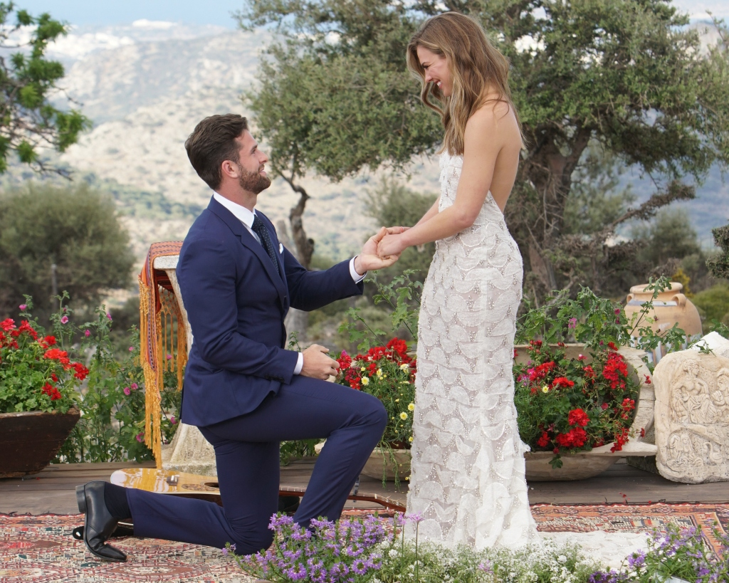 Hannah Brown and Jed Wyatt Bachelorette Proposal