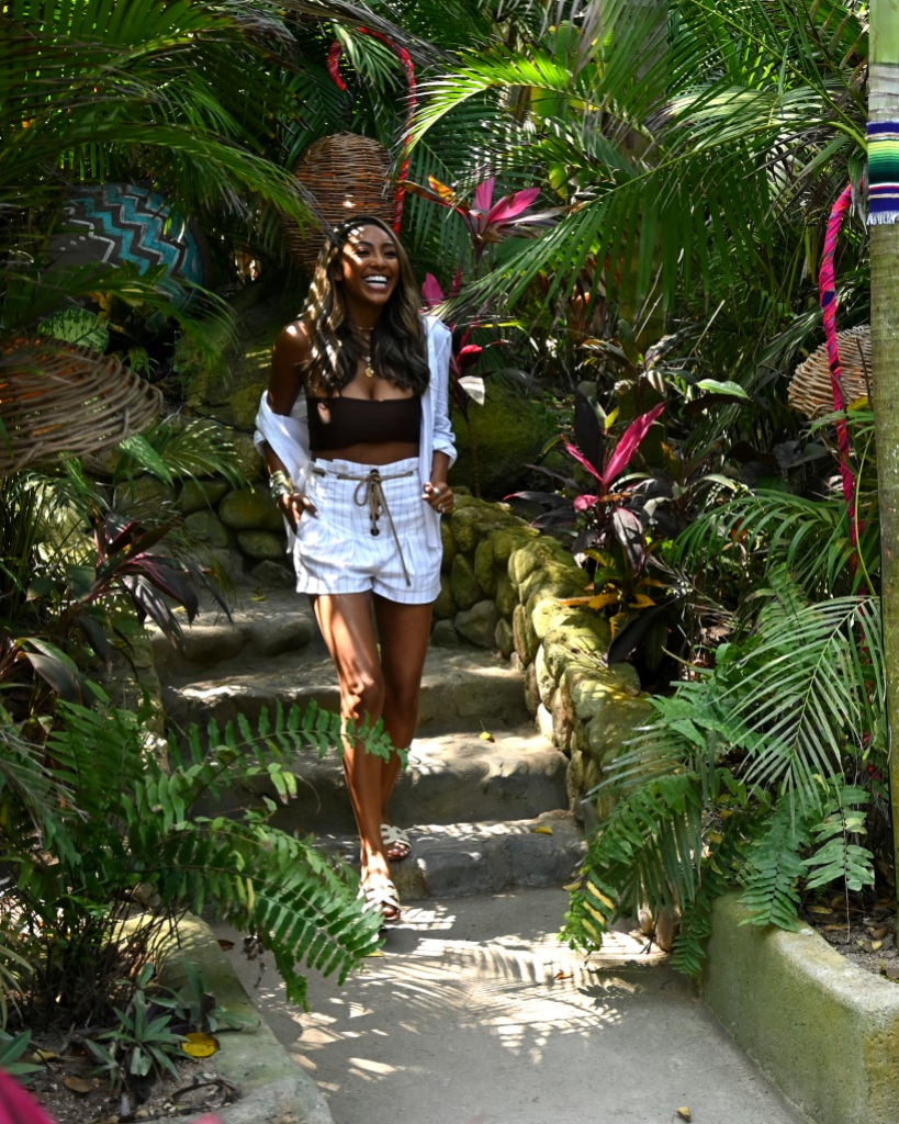 Bachelor in paradise TAYSHIA ADAMS