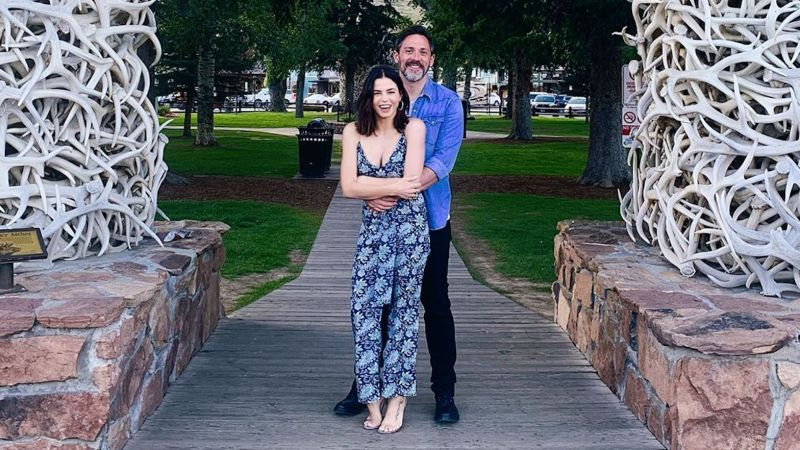 Jenna Dewan and Steve Kazee Cozy Up for an Adorable 'Prom' Photo While Vacationing in Jackson Hole