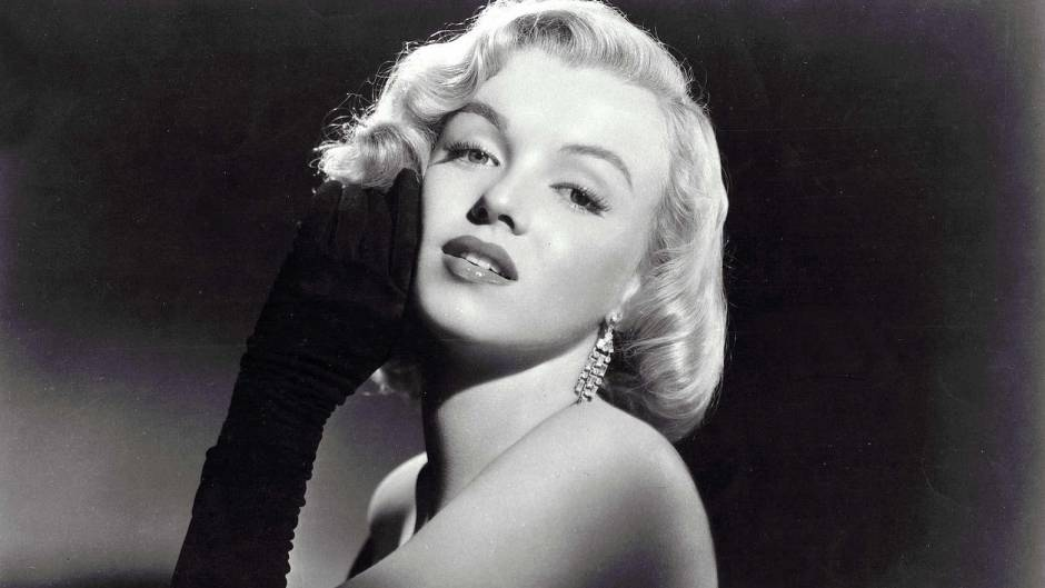 Marilyn Monroe Black and White Podcast about her death