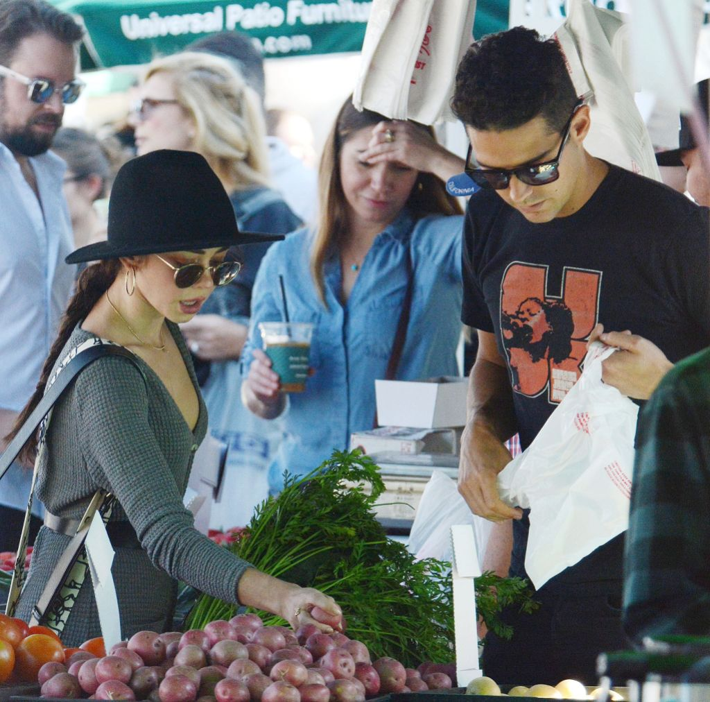 Sarah Hyland and Wells Adams Pick Out Fruit