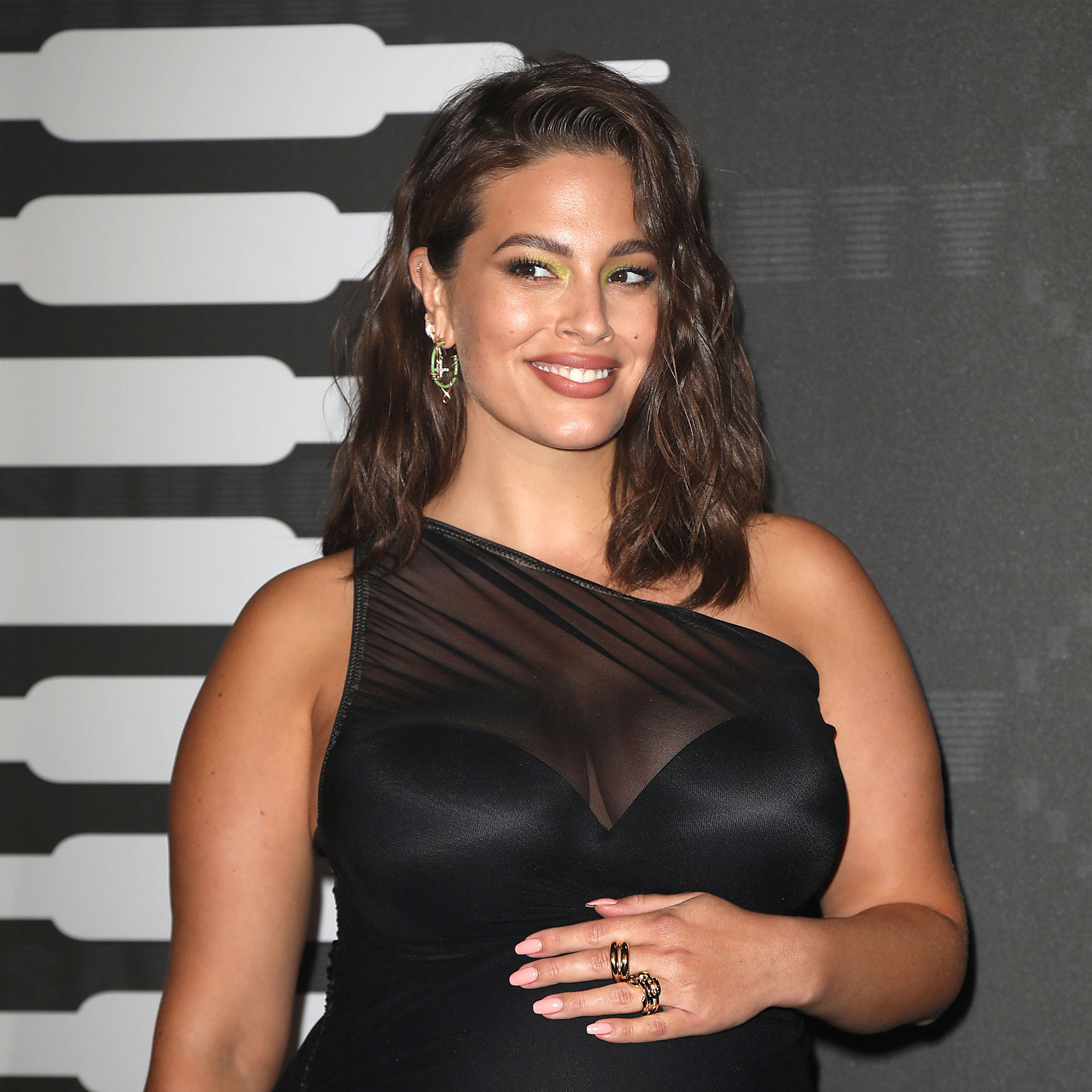 Ashley Graham Bares Her Baby Bump and Stretch Marks in New Naked Selfie