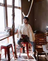 Lancy Zhang Wears Chunky sweater