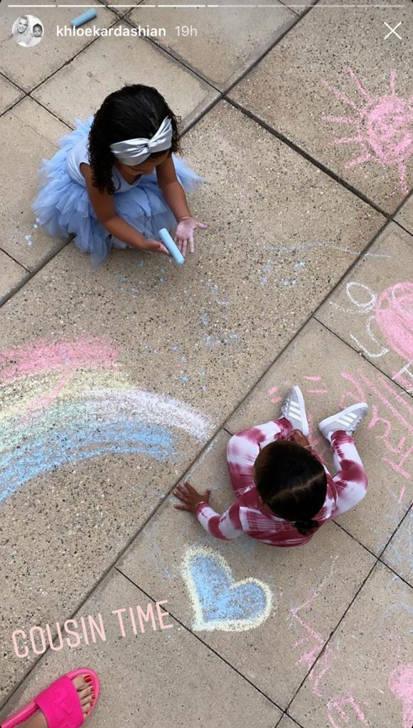 True Thompson and Dream Kardashian Drawing With Chalk