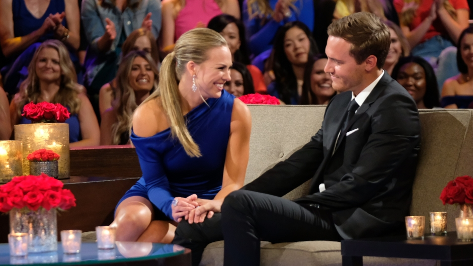 Hannah Brown Holds Peter Weber's Hand During Bachelorette Finale She Sends Him Well Wishes After Accident