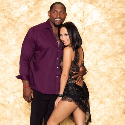 RAY LEWIS, CHERYL BURKE Dancing With the Stars Withdrew Himself During Week 3 Due to foot Injury