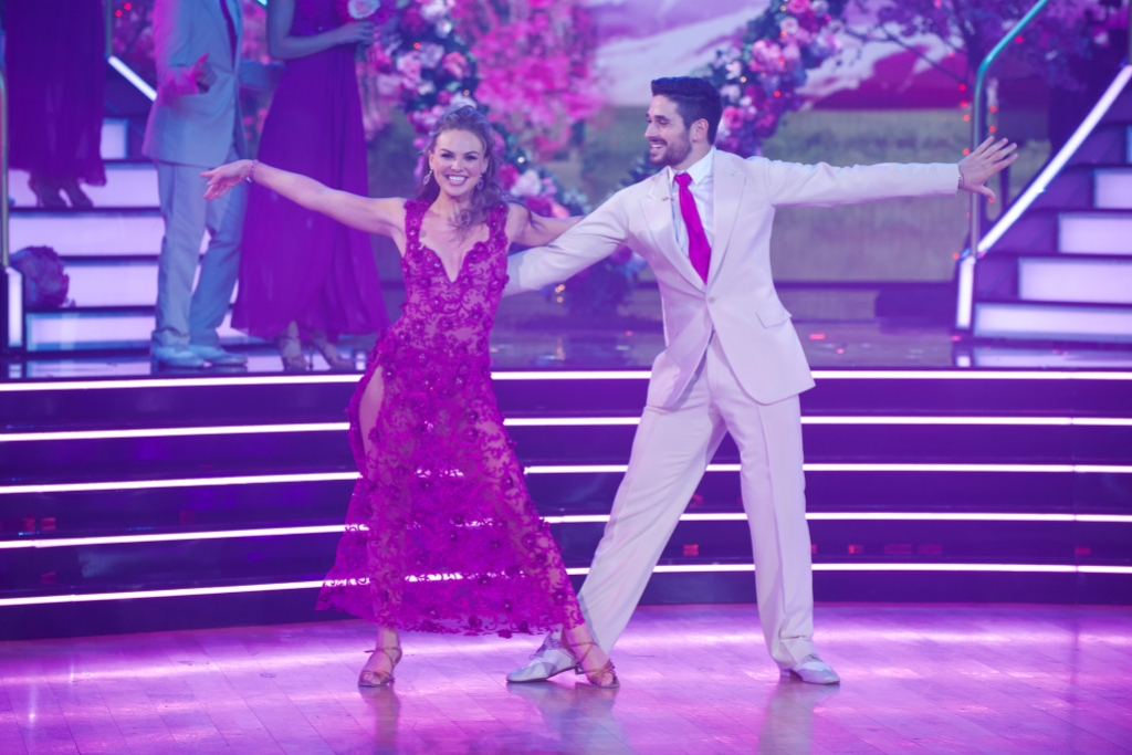 HANNAH BROWN, ALAN BERSTEN Dancing With the Stars Week 3 Rumba to Hold On by Wilson Philips