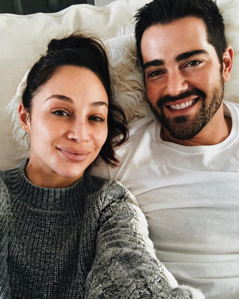 Cara Santana With Jesse Metcalfe on the Couch