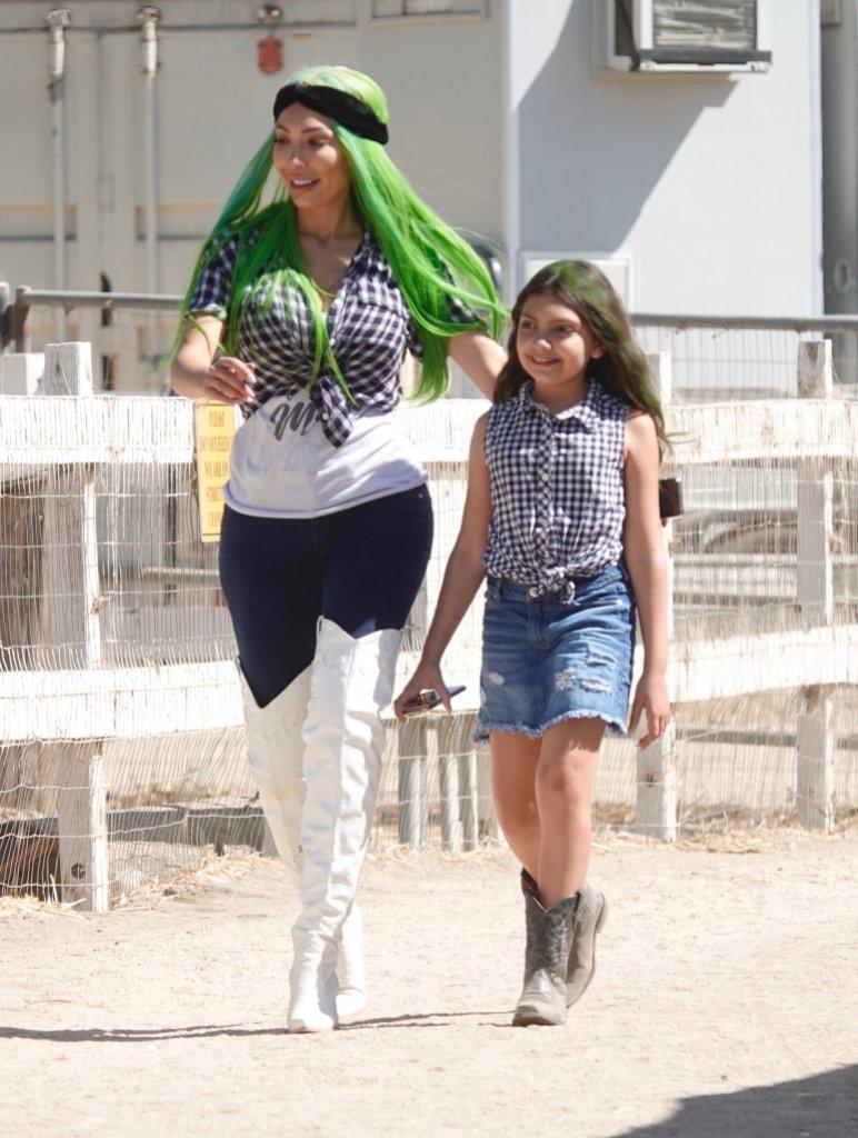Farrah Abraham and daughter Sophia pose for Halloween photos