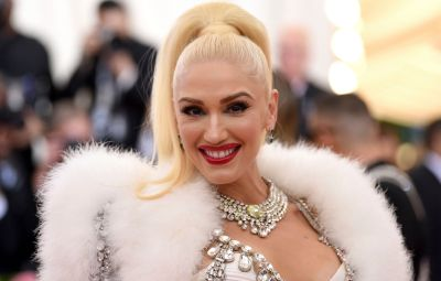 Gwen Stefani Gives Style Advice to Her Team Members on 'The Voice'