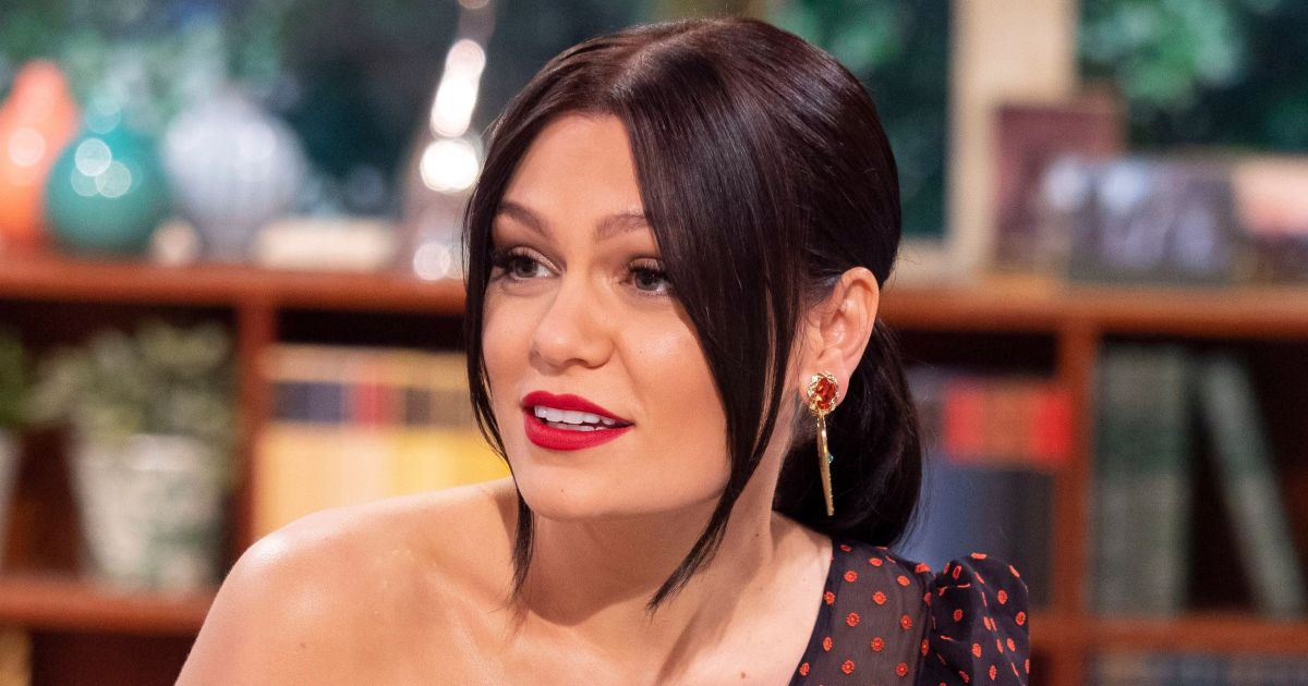 Preach! Jessie J Calls Out Hotel Over 'Bland and Boring' Vegan Food: 'I Miss My Kitchen'