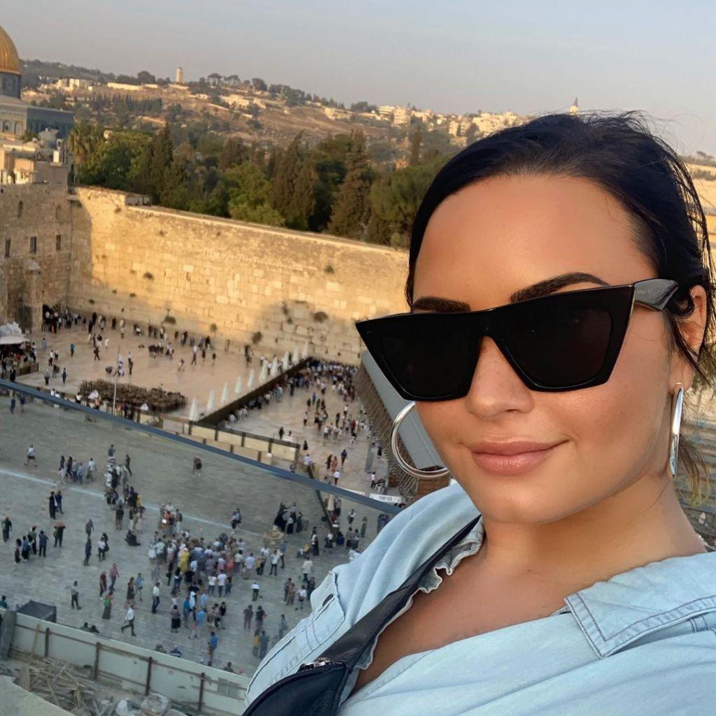 Demi Lovato Israel Vacation