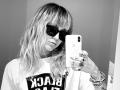 Miley Cyrus Stolen Sunglasses Selfie