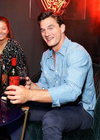 Bachelorette Contestant Tyler Cameron Denim Shirt Jokes About Boners