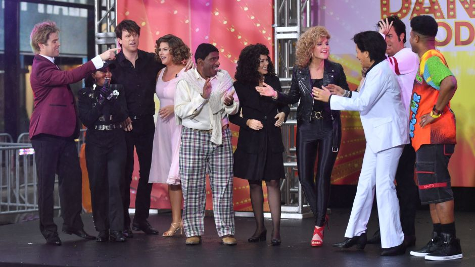 Today Show Halloween Costumes Everybody Dance Theme