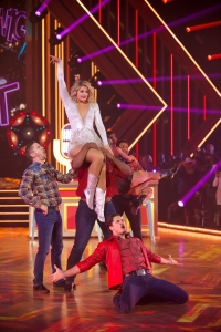 LAUREN ALAINA, GLEB SAVCHENKO Perfect 10 Performance Freestyle During DWTS Finale
