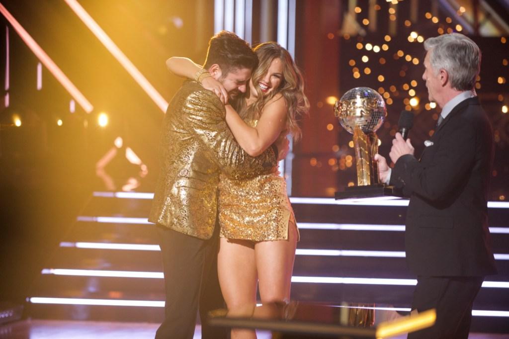 ALAN BERSTEN, HANNAH BROWN, TOM BERGERON Hug After Winning DWTS