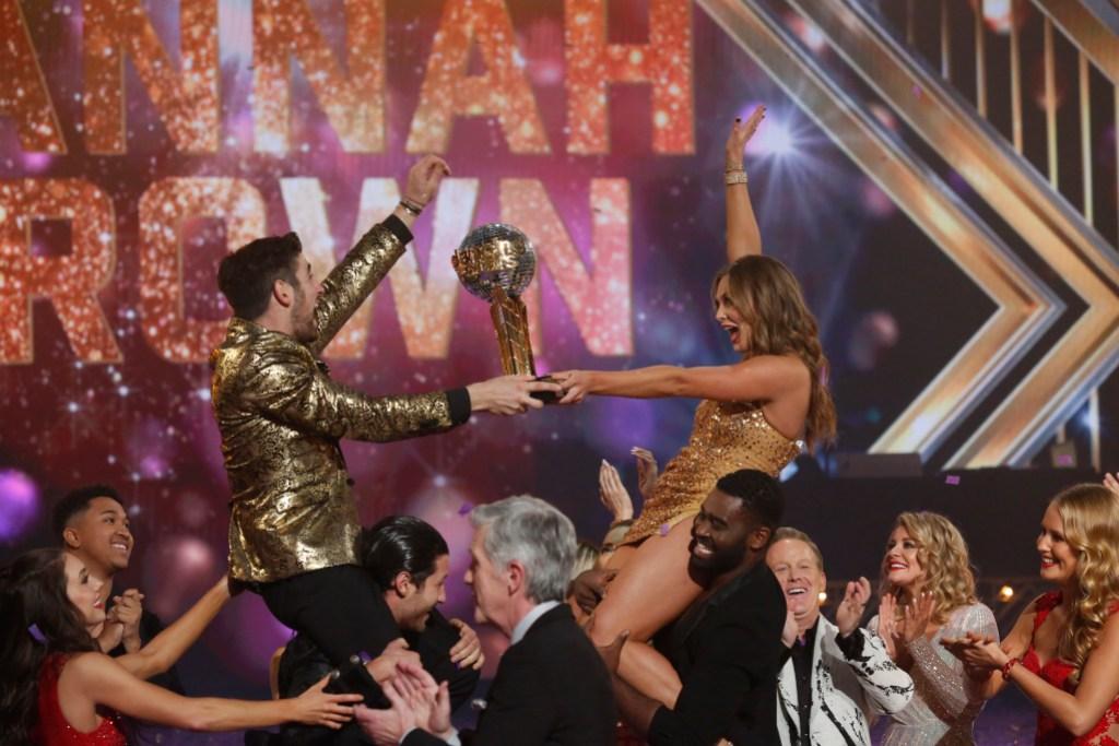 ALAN BERSTEN, HANNAH BROWN Win DWTS Season 28