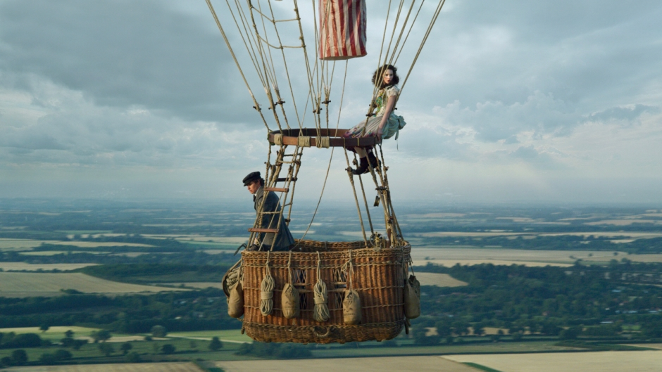 Fan of The Aeronauts Experience a Hot Air Balloon Ride Yourself