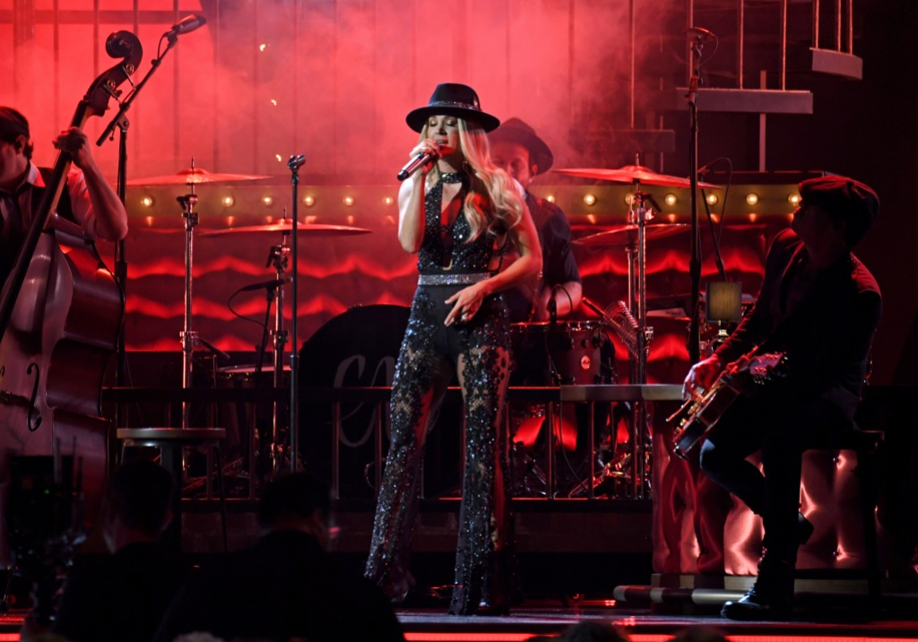 Carrie Underwood Wearing Black on Stage at CMAs