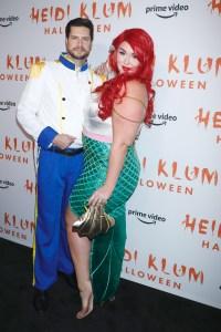 Heidi Klum Halloween Bash 2020.Heidi Klum S Halloween Party 2019 Photos Of Celebrity Costumes