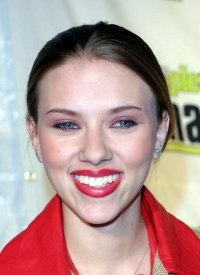 See Scarlett Johansson's Transformation Right Before Your Eyes-NOV 2001