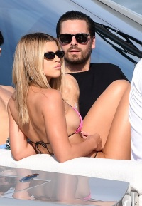 Sofia Richie and Scott Disick Yachting in Miami With Friends
