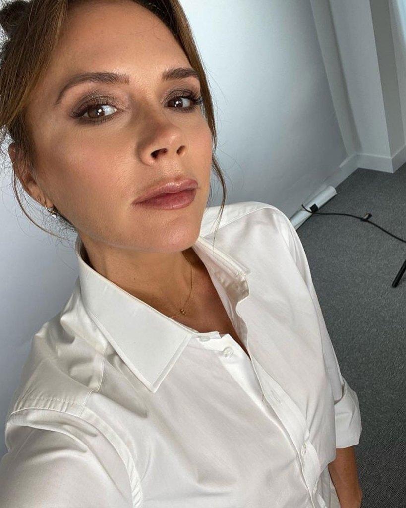Victoria Beckham Instagram Selfie