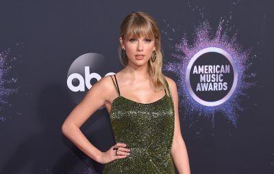 Taylor Swift Worst Dressed Celebs 2019 AMAs