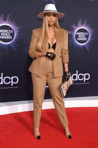 Tyra Banks Worst Dressed Celebs 2019 AMAs