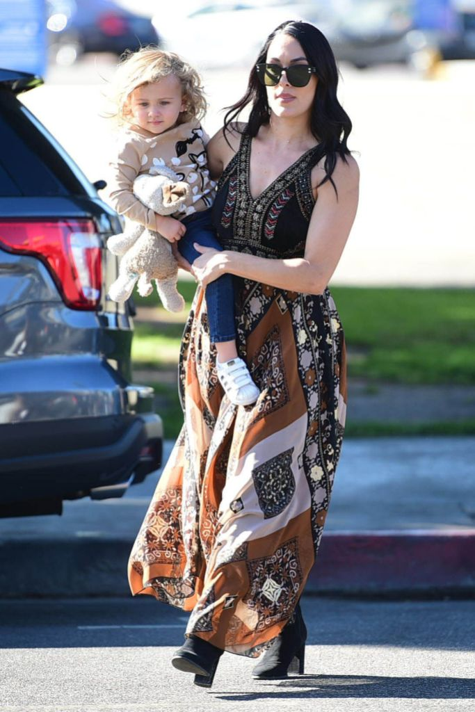 Brie Bella Out in L.A. With Her Daughter Birdie
