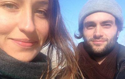 Domino Kirke and Penn Badgley Snap a Wintertime Selfie