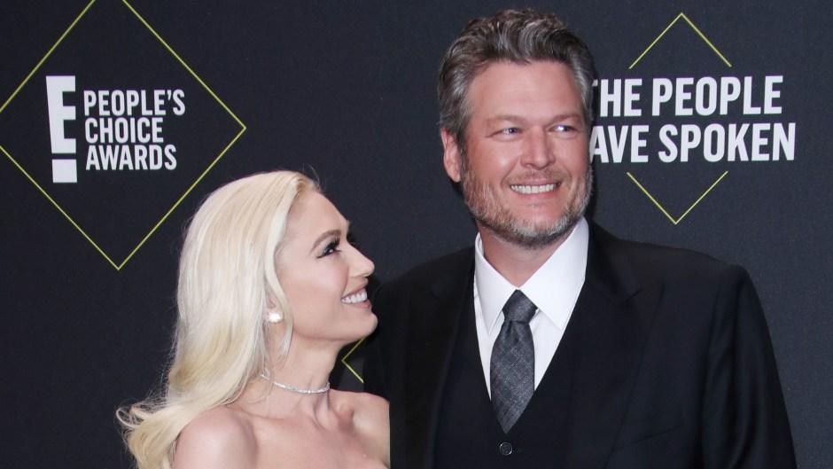 Gwen Stefani and Blake Shelton at E's People Choice Awards