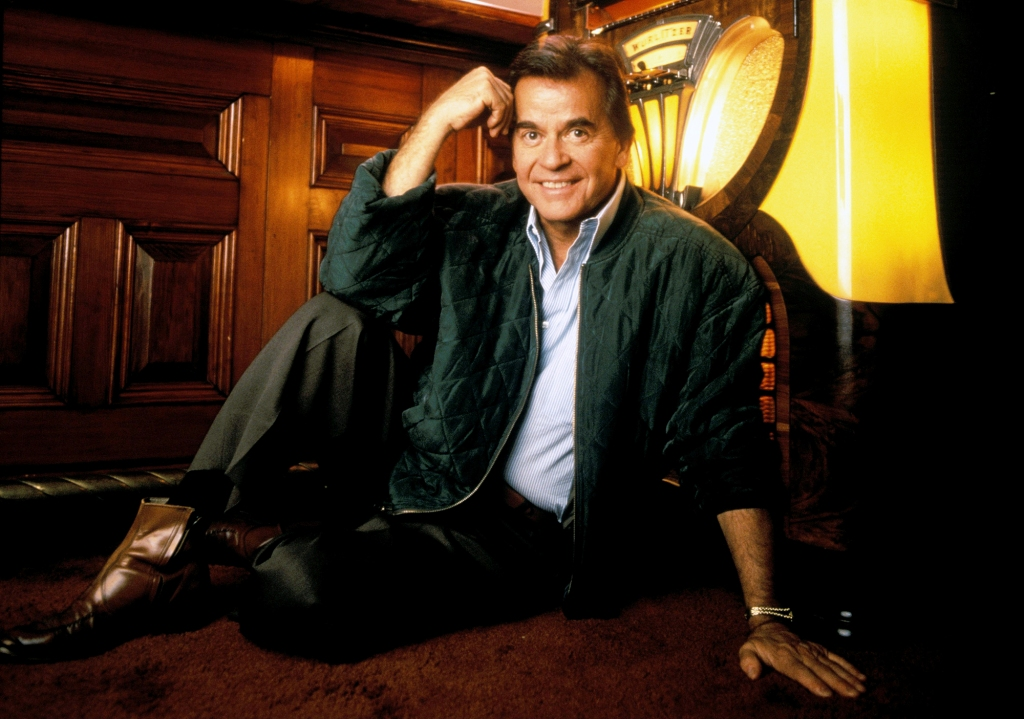 Here's How to Live Stream Dick Clark's New Year's 2020