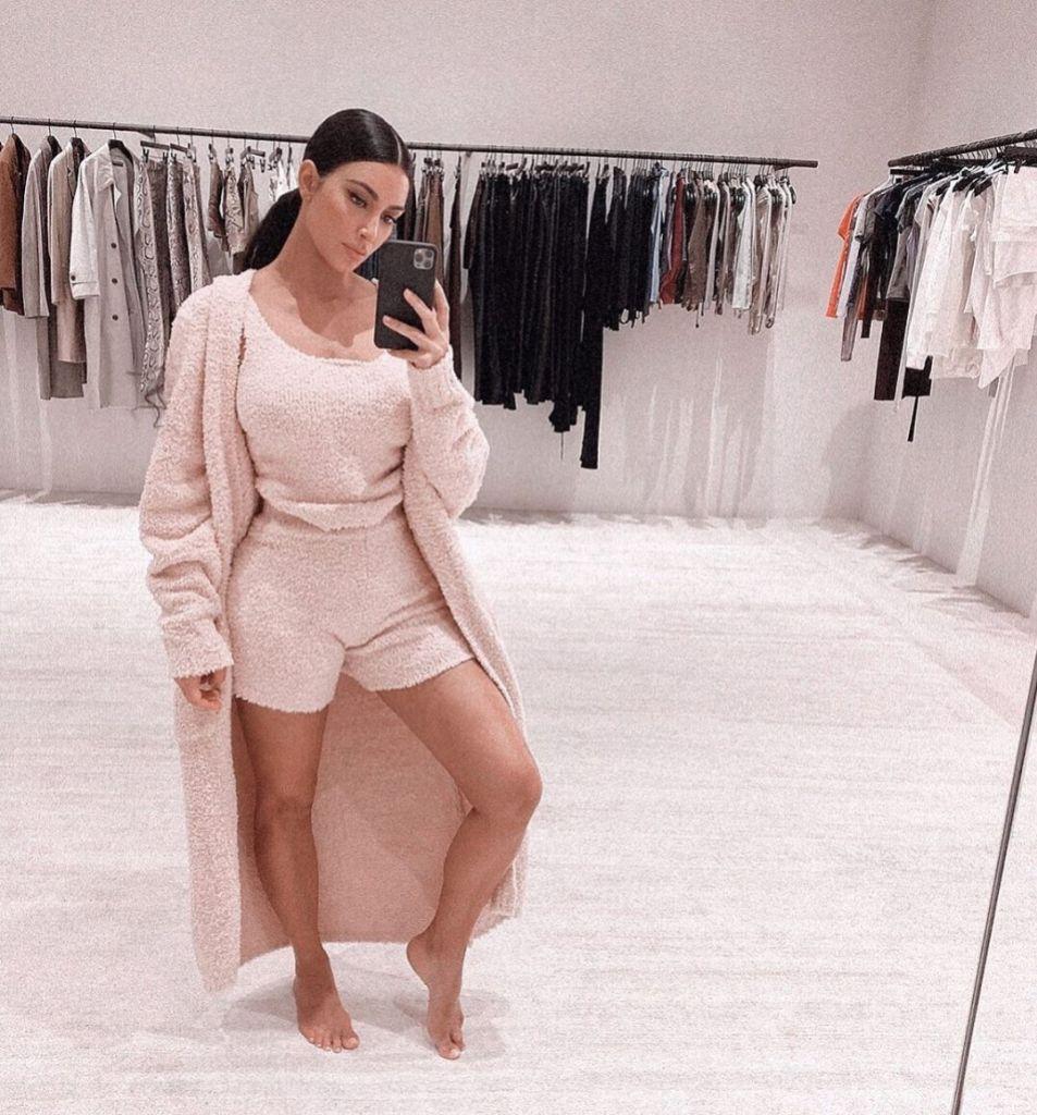 Kim Kardashian Snaps a Selfie Wearing Her New SKIMS Cozy Collection