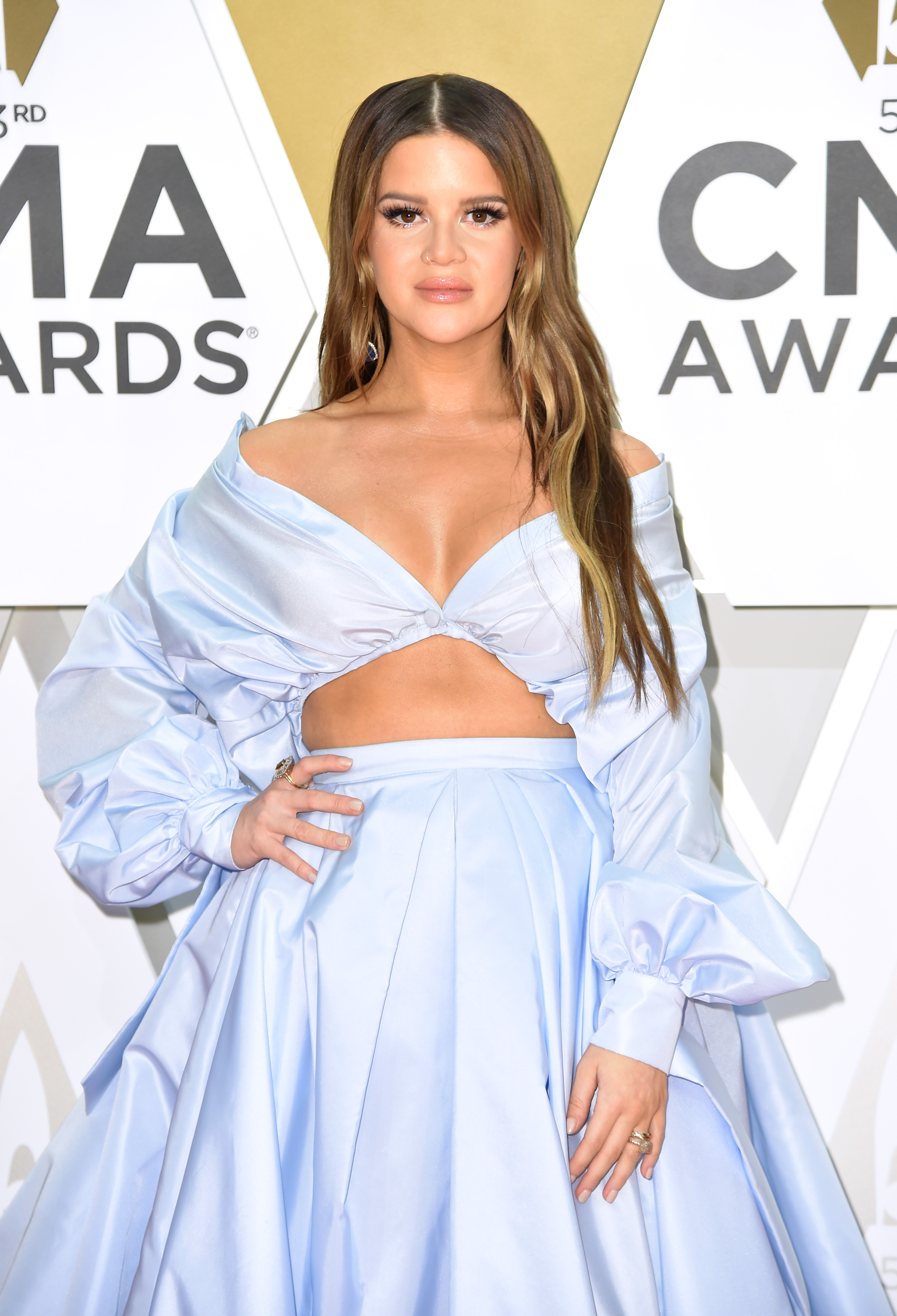 Maren Morris Shows Off Her Growing Baby Bump By the Pool: '2nd Trimester'