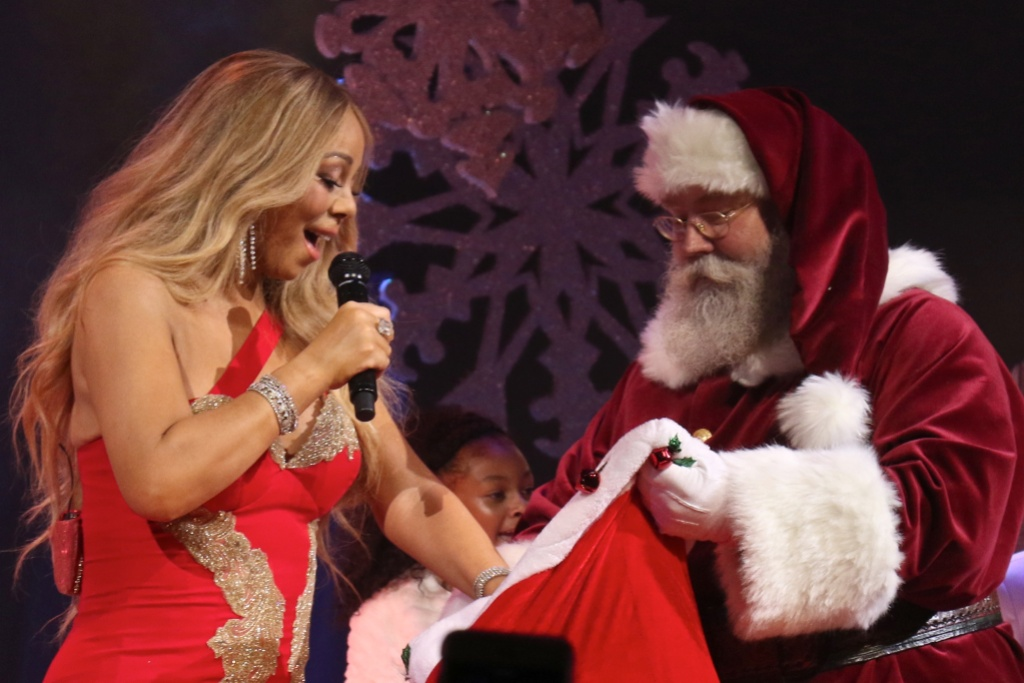 Mariah Carey and santa on Stage