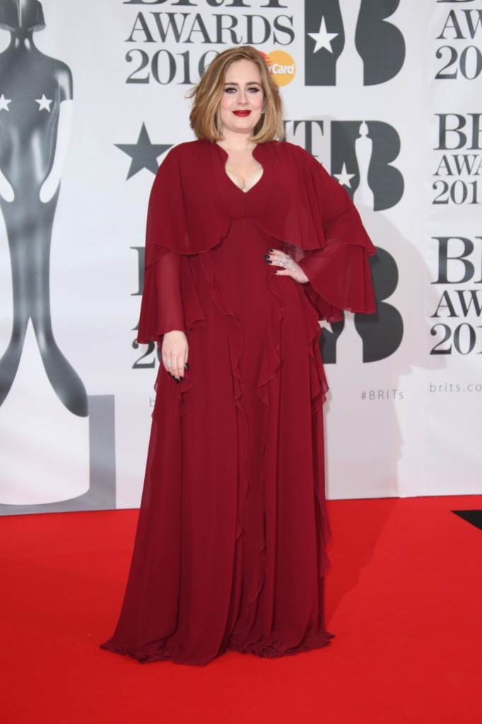 Adele Shows Off Incredible Weight Loss in New Holiday Photos