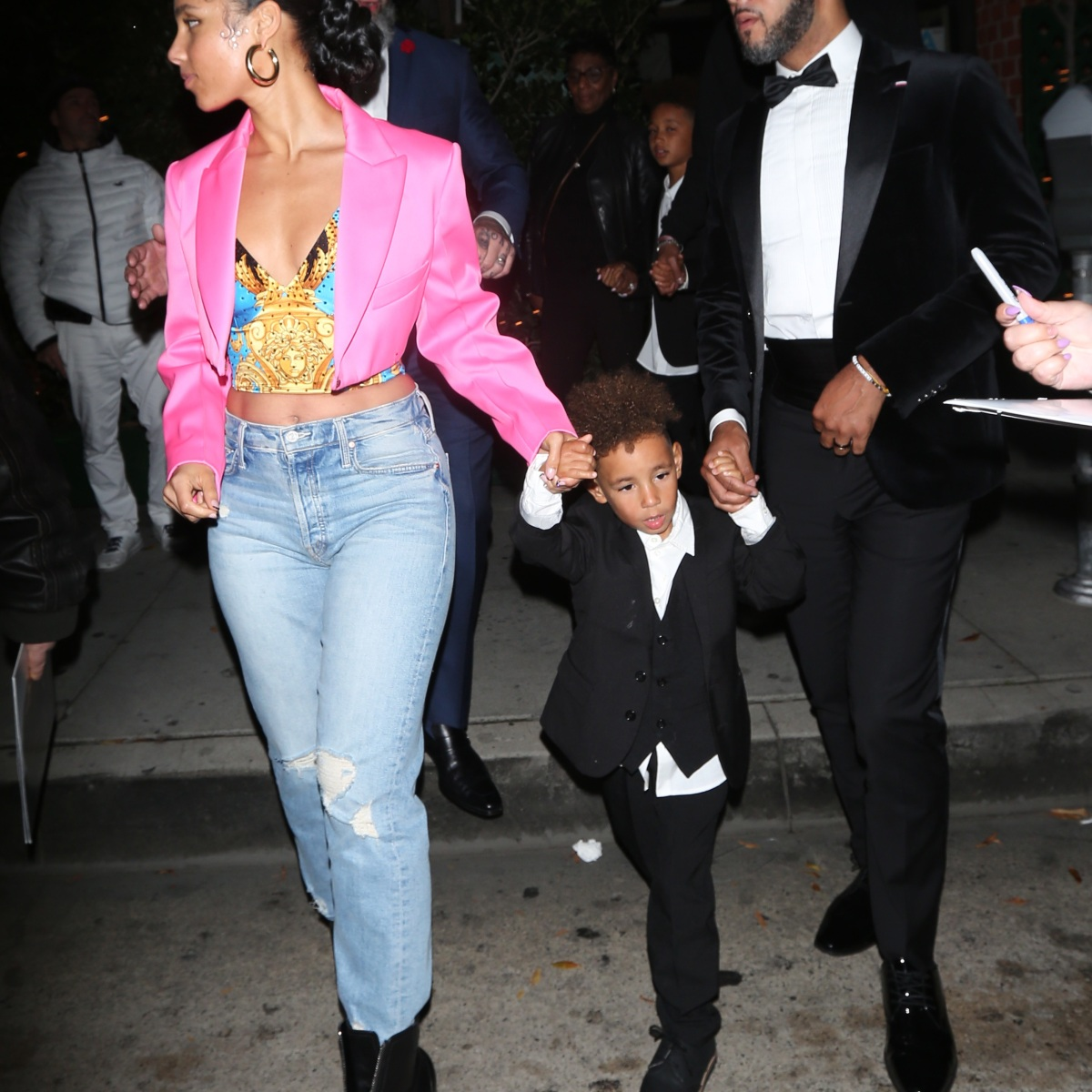 Alicia Keys Rocks Crop Top and Jeans at Dinner With Husband Swizz Beatz and Son Genesis Post-Grammys