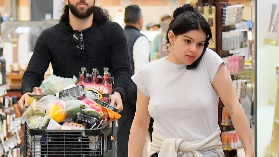 Ariel Winter Goes Braless While Grocery Shopping in Studio City
