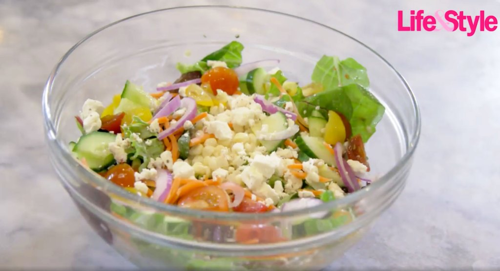 Blac Chyna Prepares Her Favorite Healthy Easy Salad