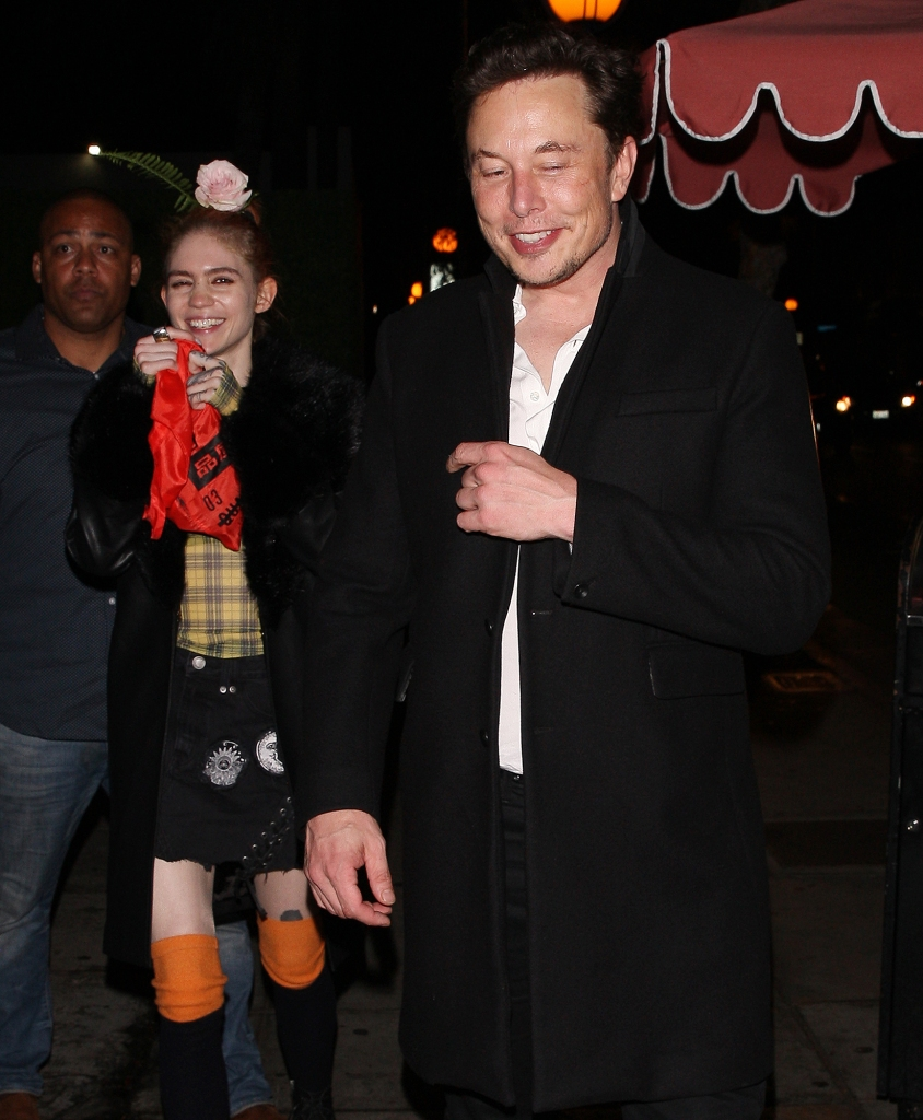 Grimes-Pregnant-With-Elon-Musk's-Baby