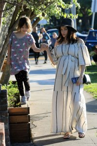 Jenna Dewan Rocks Stunning Striped Dress During L.A. Stroll With Her Daughter Everly