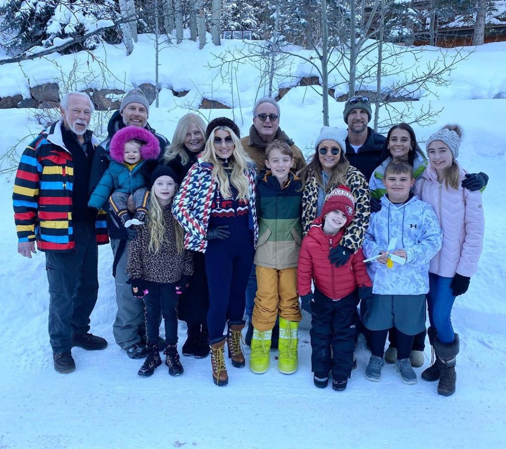 Jessica Simpson's Family in Aspen