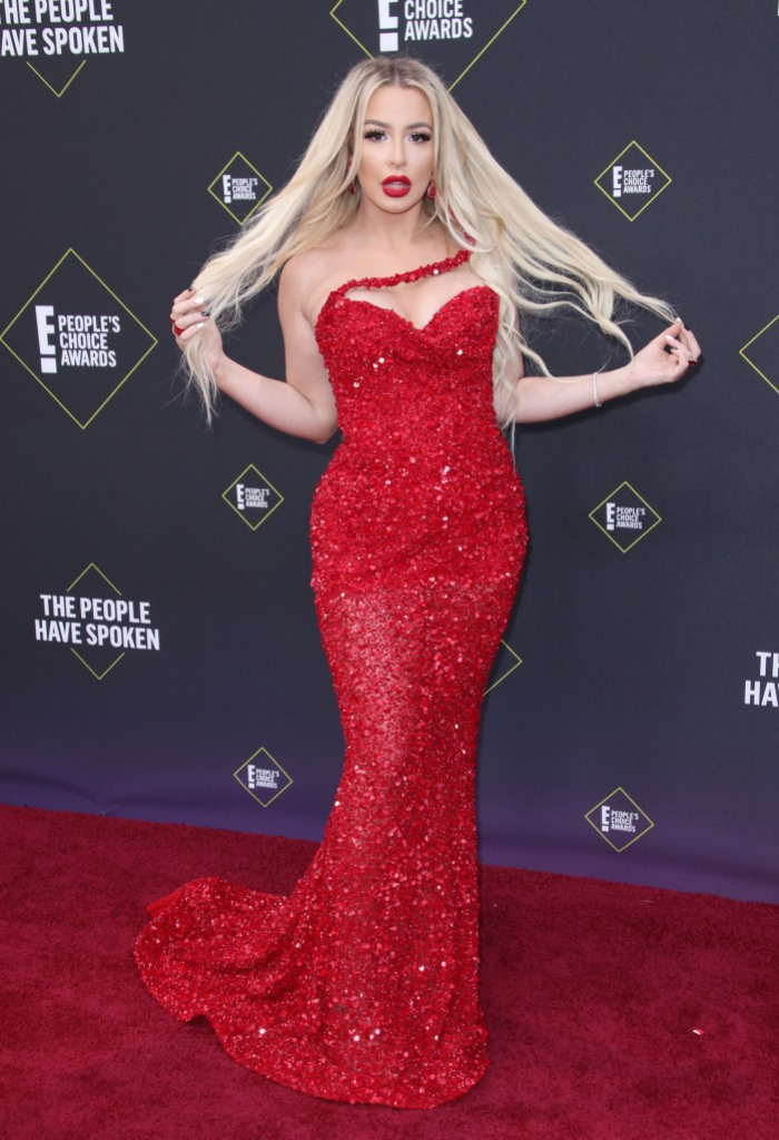 Tana Mongeau Comments on Her Love Life, Wears Red Dress to People's Choice Awards